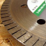 """Gros plan sur le disque diamenté Bosch """"best for Ceramic"""" extraclean"""
