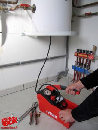 Remplissage d'un inhibiteur dans une installation de plancher chauffant