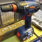 La Bosch GDX 18 V-LI en mode boulonneuse avec emmanchement 1/2