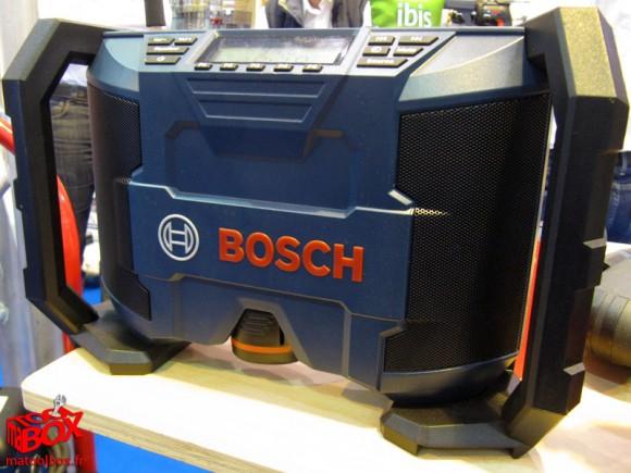 Une puissance sonore de 2x5 W pour cette radio Bosch sans-fil GML 10,8 V-LI