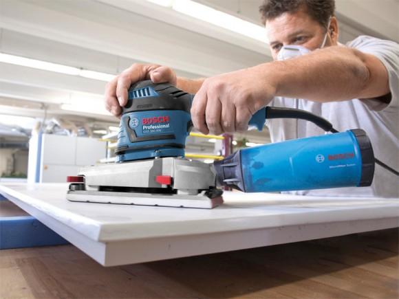 Gros plan sur le système microfiltre de la dernière ponceuse vibrante Bosch GSS 280 AVE