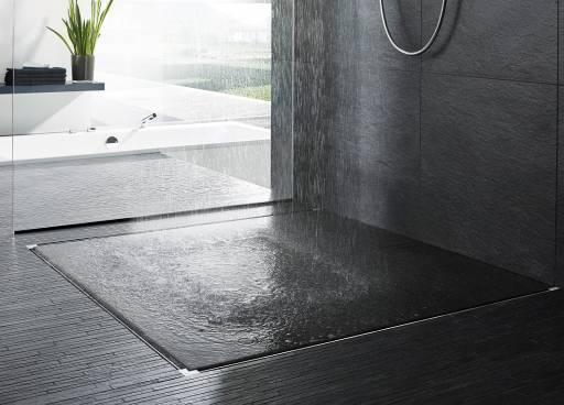 Toutes les formes sont possibles avec la rigole de douche Advantix Vario