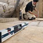Pour les surfaces irrégulières, le GIM 60 L dispose de 2 pieds dont un réglable