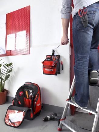 L'organizer est détachable pour accèder au fond du sac à dos facilement