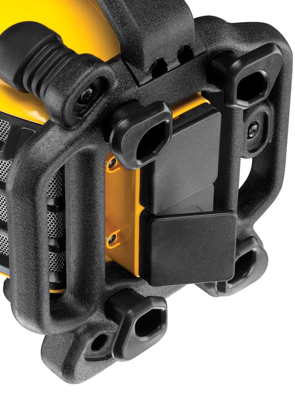 Le modèle DCR017 sert également de multiprise!