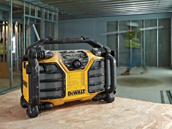 DCR017, la nouvelle radio de chantier de DeWALT